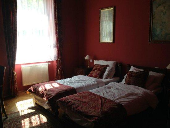Grand Hotel Praha: Bedroom