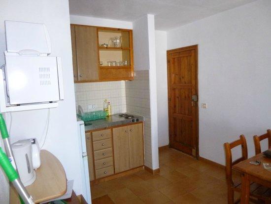 Sol Isla Apartamentos: Cocina