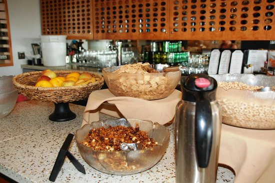 Friday Harbor House : Breakfast cereal