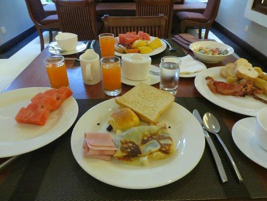 Borei Angkor Resort & Spa: Desayuno