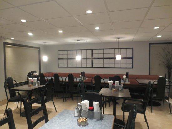 Falher Restaurant Ltd.: Main Dining Area