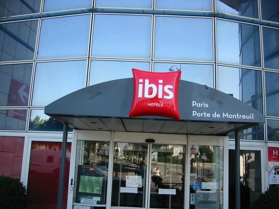 ibis paris porte de montreuil. Black Bedroom Furniture Sets. Home Design Ideas