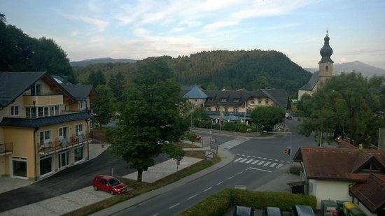 Hotel Untersberg: Vista esterna dalla nostra camera