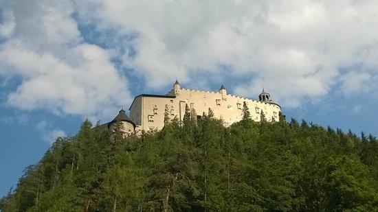 Hotel Untersberg: Fortezza Hohenwerfen