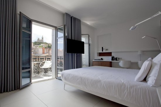 C2 Hôtel