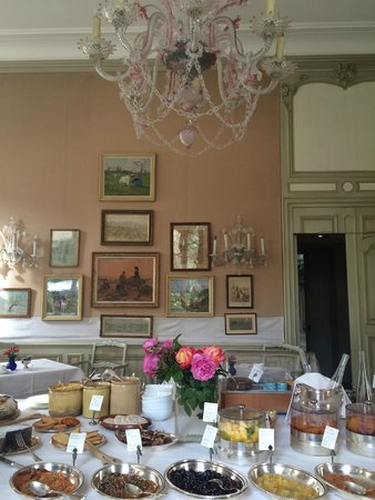 La Mirande Hotel: breakfast