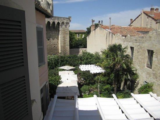 La Mirande Hotel: bathroom view room 29