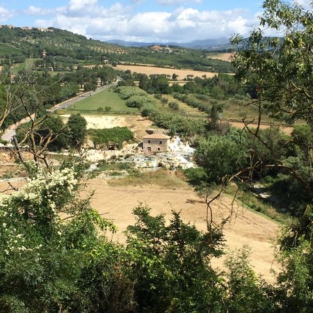 Hotel Poggio Bertino: A stone's throw away from the public hotspring (by car that is)!