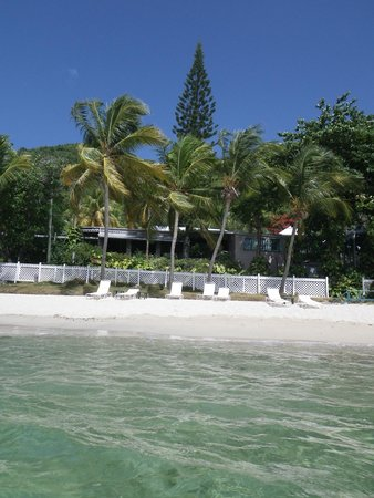 Sugar Mill Hotel: The beach at the Sugar Mill