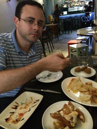 BARRAVAS : Food