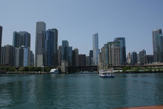 Chicago's First Lady Cruises: View of Chicago skyline during cruise