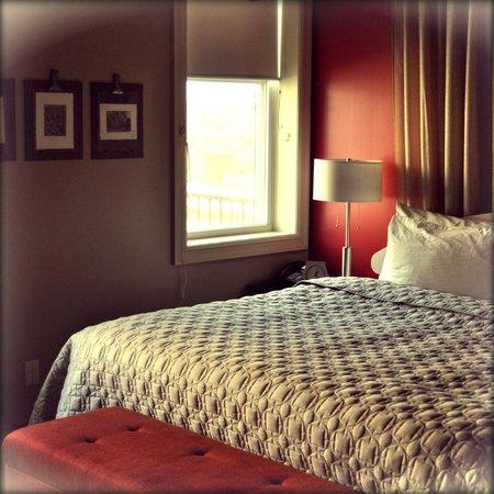 Mercer Hall Inn: Room 205