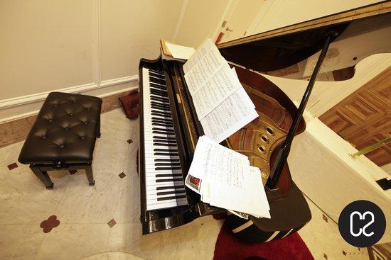 C2 Hôtel : C2 Piano