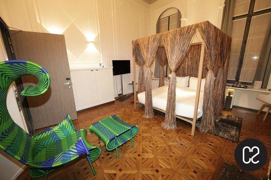 C2 Hôtel : Chambre 1