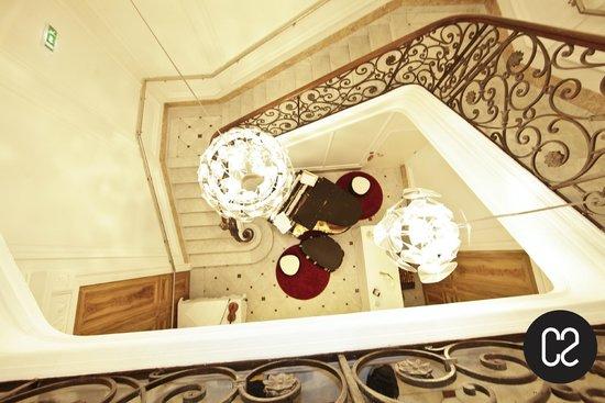C2 Hôtel : Escaliers