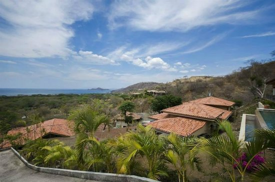 Hermosa Heights Villas: View of from Hermosa Heights