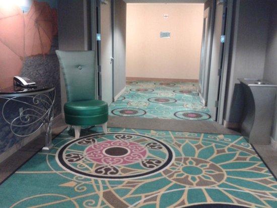 Hampton Inn & Suites by Hilton - Miami Brickell Downtown : Hall dos elevadores