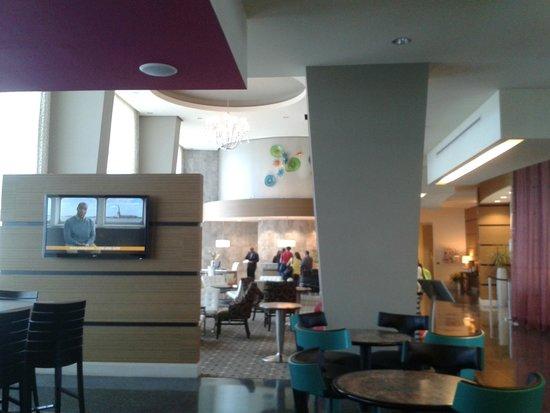 Hampton Inn & Suites by Hilton - Miami Brickell Downtown : Lobby do hotel