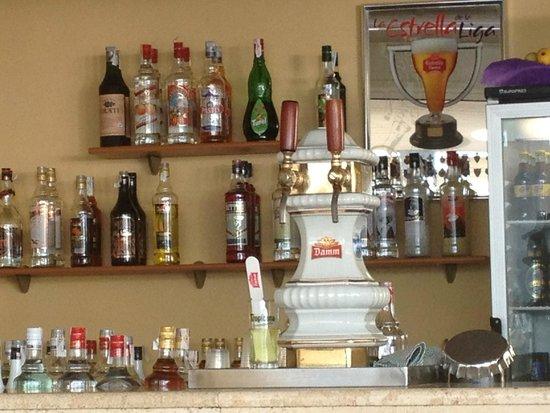 HYB Sea Club: bar area
