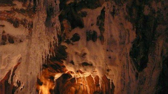 El Parque Cultural de la Montaña de Sal: Formacion Fantasmagorica en la mina de sal.....
