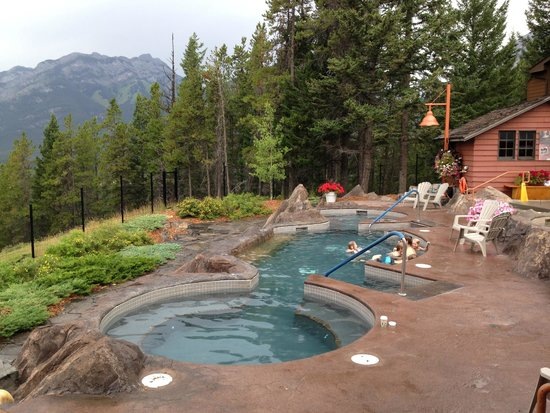 Hidden Ridge Resort : hot tubs