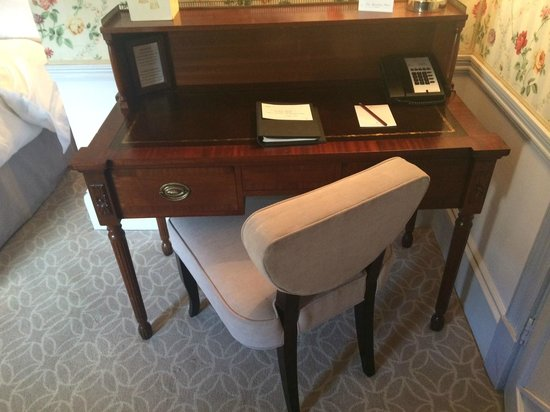 The Royal Crescent Hotel & Spa : Desk area