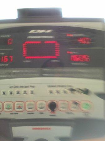 FrontAir Congress: Treadmill - Hard to program