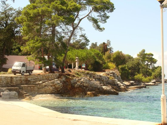 Island Hotel Istra: A walk around the island