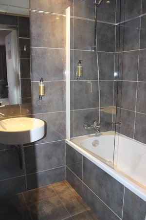 Hotel du Prince Eugene: Bathroom