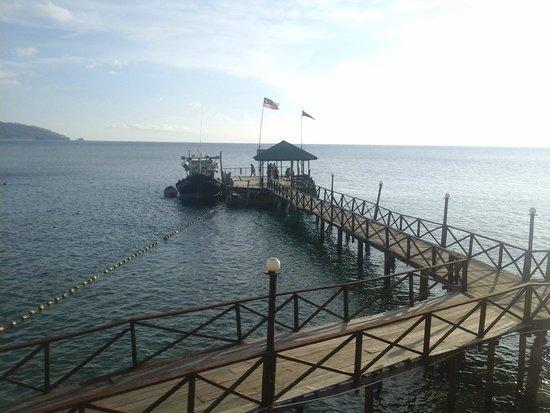 Panuba Inn Resort : jetty