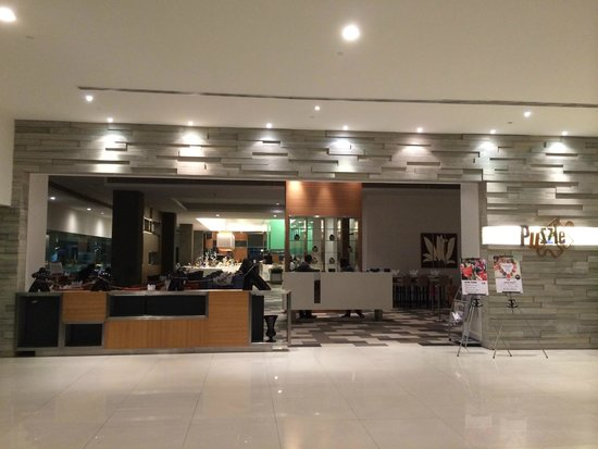Pullman Kuching : Resturant is new and offer good selection of international menu