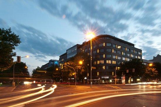 SANA Berlin Hotel: Hotel building / facade