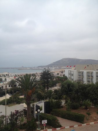 Anezi Tower Hotel : Вид из окна отеля Анейзи тауэр