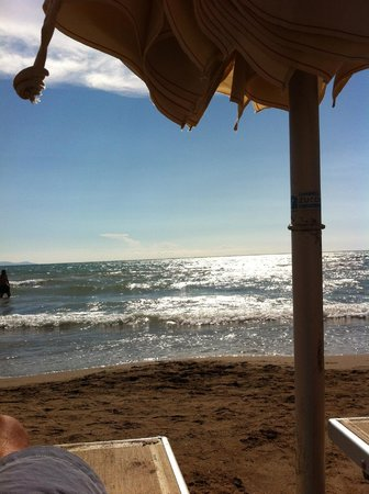 Village Golfo degli Etruschi: Spiaggia