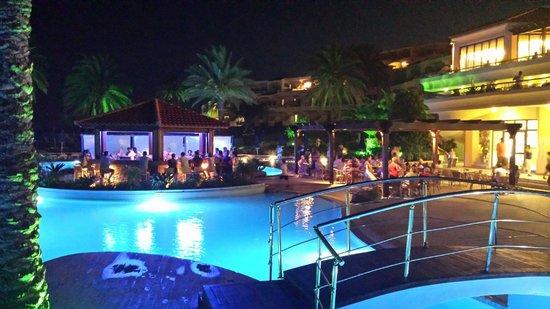 Rodos Princess Beach Hotel: ...la sera...