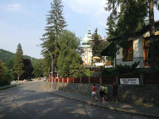 Hunguest Hotel Palota: environement
