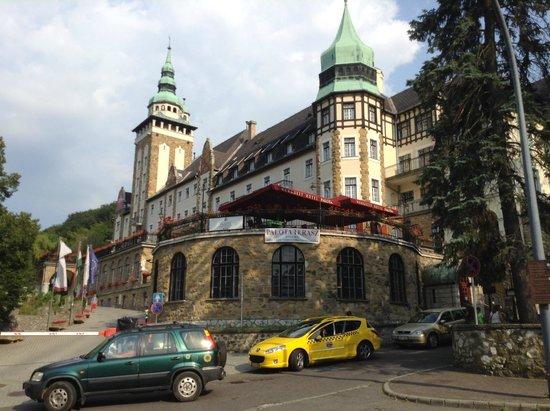 Hunguest Hotel Palota: the hotel