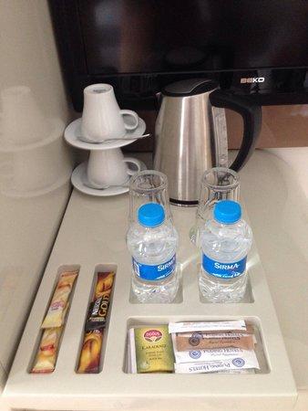 Puding Marina Residence: Чай - кофе.