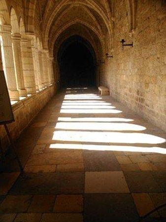 Cathedral Santander : Bogengang.