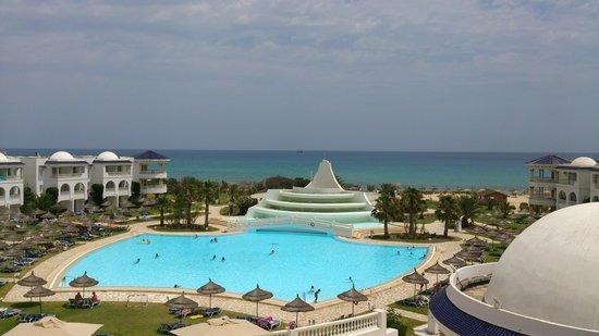 Golden Tulip Taj Sultan Resort: vores hotel værelse udsigt