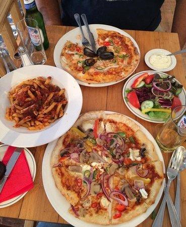 La Trattoria : Seafood Pizza, Goats Cheese Pizza, Arrabattia Pasta & Side Salad
