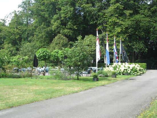 Bilderberg Landgoed Lauswolt : thee/borrel/koffie tuin voor elke gelegenheid mooi