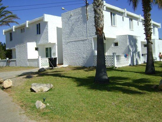 ClubHotel Riu Tropicana: bloc de chambres dont une partie à l'étage