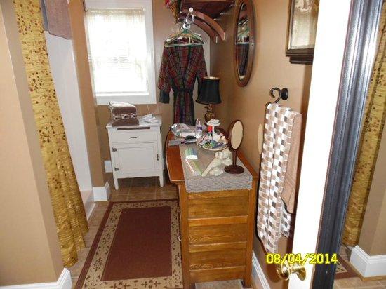 Piney Hill Bed & Breakfast : Bathroom