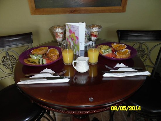 Piney Hill Bed & Breakfast: Pleasure Breakfast