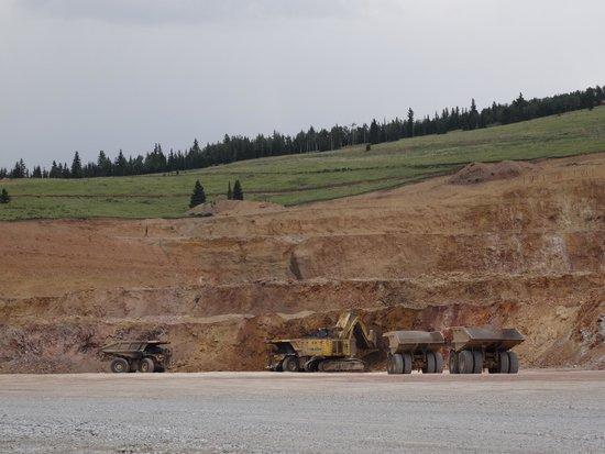 Cripple Creek & Victor Gold Mining Company: Trucks in the mine