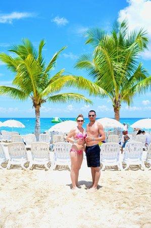 Playa Mia Grand Beach & Water Park: honney mooners at playa mia