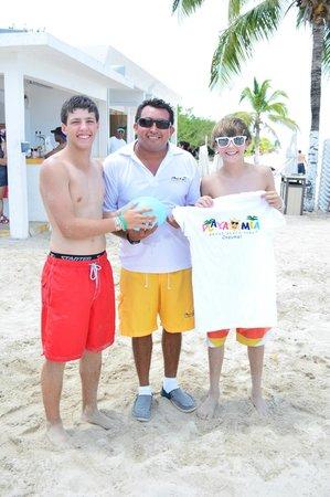 Playa Mia Grand Beach & Water Park: bech games at cozumel playa mia