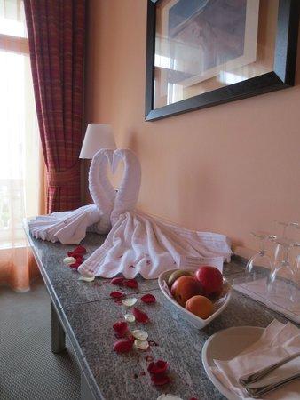 Hotel Belvedere Locarno: Romantische Überraschung im Zimmer