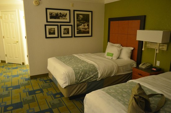 La Quinta Inn & Suites Fort Worth North: camera 4 piano